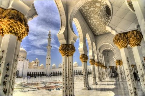 Mosque by Walid Mahfoudh.jpg